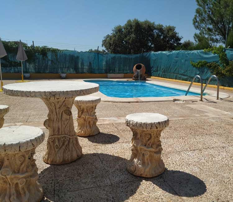 piscina-casas-lagunas-ruidera