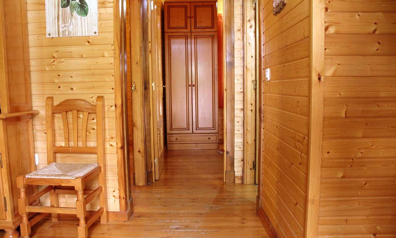cabana-madera-lagunas-ruidera