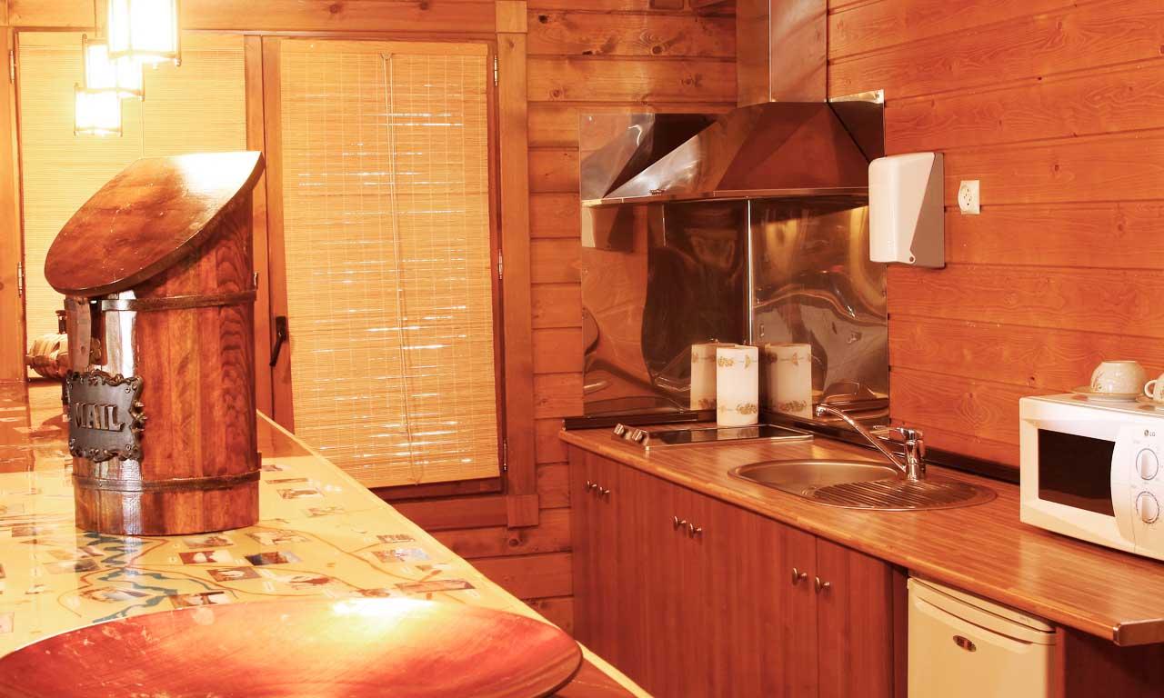 cocina-suite-casa-madera
