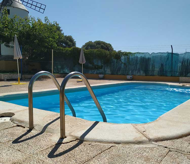 piscina-lagunas-ruidera