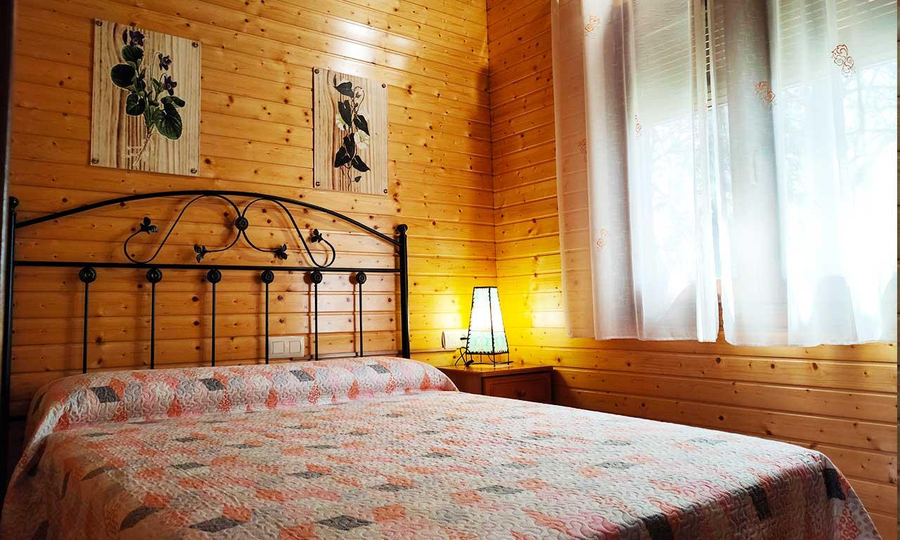 habitacion-cama-doble-matrimonio-lagunas